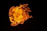 Родители прыгнули из окна, а детей оставили в горящем здании