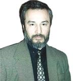 Драматург Каюмов погиб после падения в оркестровую яму
