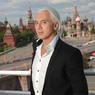Оперный певец Дмитрий Хворостовский отложил концерты в Калининграде, Минске и Вене