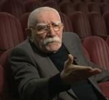 Армен Джигарханян дал первое интервью в театре, чтобы заглушить все слухи