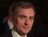 """Песков назвал идею Суркова об обнулении президентских сроков """"частным мнением"""", но её не отверг"""