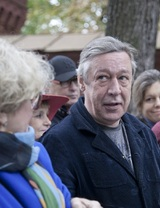 Знаменитый актер театра и кино Михаил Ефремов впервые стал дедом