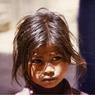 В Непале пропали без вести сотни сирот