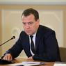 Медведев не обнаружил в России политзаключенных