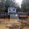 Река Русская вышла из берегов и затопила город в Калифорнии