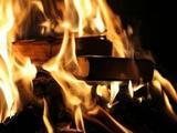 Очевидцы представили видеозапись ночного пожара в детской больнице в Твери
