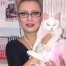 Активистка отомстила соболиной шубе Лены Лениной за розового котенка