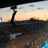 Болельщик «Спартака», упавший с крыши стадиона в Туле, получил переломы рук