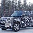 Новый Land Rover Defender «засветился» во время тестов