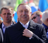 Беглов назвал сбор подписей в свою пользу чиновницами «провокацией или глупостью»