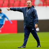 Черчесов выбрал футболистов на игру с Коста-Рикой