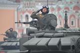 Россия входит в пятерку лидеров по военным расходам