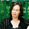 Лариса Гузеева встревожила поклонников снимком из палаты с разрубленной рукой