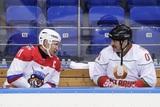 Путин и Лукашенко сыграли в хоккей