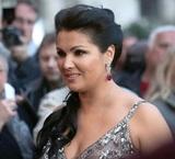 """Оперная дива Анна Нетребко встретила 49-й день рождения в стационаре с диагнозом """"коронавирус"""""""