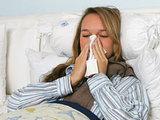 Специалисты не рекомендуют лечить грипп водкой