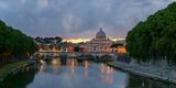 В Риме улицы и метро оказались затоплены из-за ливней с градом