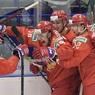 После разгромного счета капитан сборной Канады не снял шлем при исполнении гимна РФ