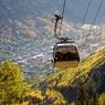 В итальянских горах рухнула кабина фуникулера, заполненная туристами