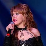 Певица Азиза рассказала о своём недуге