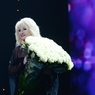 Ирина Аллегрова отобрала телефон у зрителя на концерте