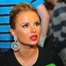 Анна Семенович шокировала поклонников слишком откровенным платьем