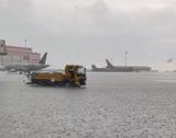 Непогода после жары: затопленный Шереметьево и смерч в Мытищах