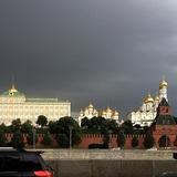 На Москву надвигается очередной сильный ливень с градом