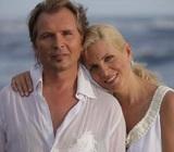 Супруга Александра Малинина поражает своей фигурой в бикини - и это в 58 лет