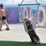 Эксперты предупредили: сланцы могут быть причиной боли не только в ногах, но и спине