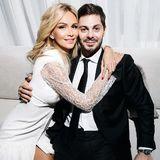 Виктория Лопырева показала фото со свадьбы с Игорем Булатовым